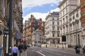 LONDON, UK - JUNE 3, 2014: Harrods department store, shopping and restaurants tourists point. Harrods was opened at 1849 — Stock Photo