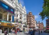 LONDON, UK - SEPTEMBER 30, 2014: Leicester square, popular place with cinemas, cafes and restaurants — Stock Photo