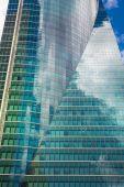 西班牙,马德里-2014 年 7 月 22 日: 马德里市、 商务中心、 现代化的摩天大楼 — 图库照片