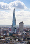 LONDON, UK - AUGUST 9, 2014 Shard of glass and London view. City of London one of the leading centres of global finance — Stock Photo