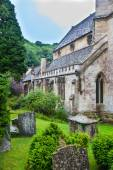 Castle Combe, unique old English village. Old house — Stock Photo
