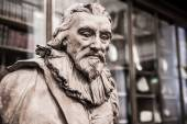 Sir Robert Bruce Cotton. Sculpture of The Enlightenment Gallery British museum — Stock Photo