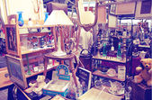 Antique display Greenwich market. Famous place to buy an art, crafts, antiques etc. London — Stock Photo