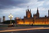 LONDON, UK - July 21, 2014:  London sunset. Big Ben, houses of Parliament — Stockfoto