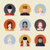 Vector set  of women avatars  different nationalities in flat — Vector de stock