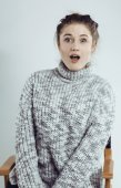 Beauty young real woman in sweater at winter warmed up — Stock Photo