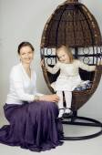 Portrait of mother and daughter at home, happy family — Stock Photo