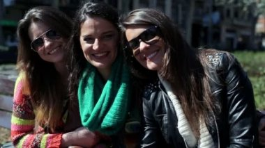 Young happy group girlfriends in the city — Video Stock