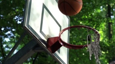 Basketball ball missed shot — Stock Video