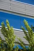 办公建筑的景观,如天空蓝 — 图库照片