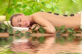 Beautiful and healthy woman getting spa treatment — Stock Photo
