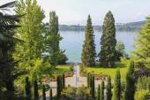Flower garden Mainau Island in Germany  — Stock Photo
