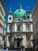 Vienna, Austria - famous Peterskirche (Saint Peter's Church) — Stock Photo