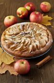 Apple pie on the wooden backgraund — Stock Photo