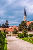Catholic church at the garden of Schönbrunn, Austria — Stock Photo