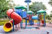 Colorato parco giochi per bambini — Foto Stock