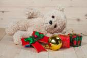 Bear toy  with gift box — Stock Photo