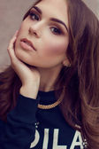 Close up fashion portrait of young beautiful woman. Model shooti — Stock Photo