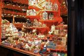 Gifts and toys on Christmas market — Stockfoto