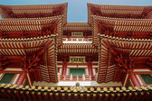 Roofs of  Buddha Tooth Temple in Singapore — Stock Photo