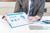 Businessman show analyzing report, business performance concept — Stock Photo