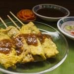 Moo satay, vepřové saté, thajské kuchyně stále život — Stock fotografie #75222047
