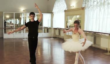 Ballet dancing in  studio — Stock Video