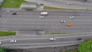 Fast-driving car traffic on city highway — Vidéo
