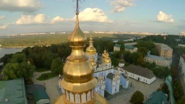 Orthodox church with golden domes — Stock Video