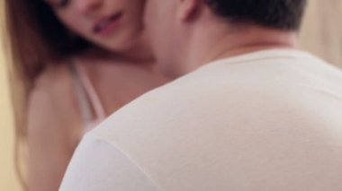 Couple passionately kissing — Stock Video