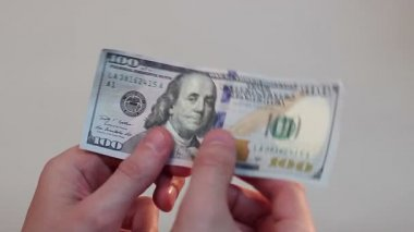 Hand holding dollar — Stock Video