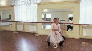 Dancing classical ballet — Stok video