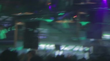 Nightclub atmosphere in blur — Stockvideo