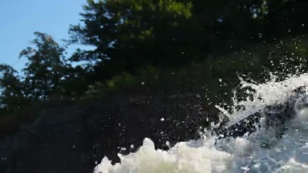 Water splashes in air — Vidéo