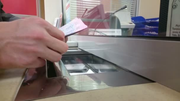 Man counting cash, foreign currency exchange, buying dollars — Vídeo de stock