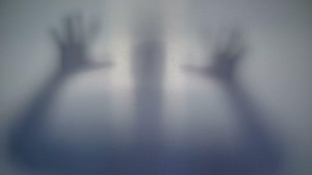 Horrible silueta, scary sobrenatural criatura alienígena, extraño — Vídeo de stock