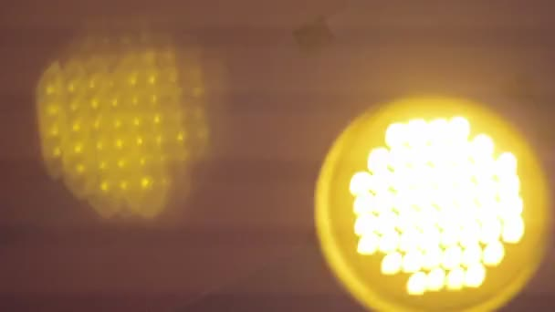 Lights flaring, flashing in darkness, music video background — Vídeo de stock