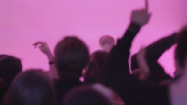 Young people having good time at nightclub, dj performance — Vidéo