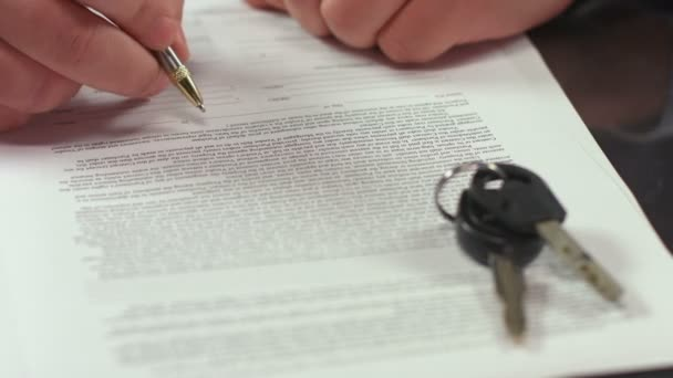 Man signing document, concluding rent agreement, guy buying car — Vidéo