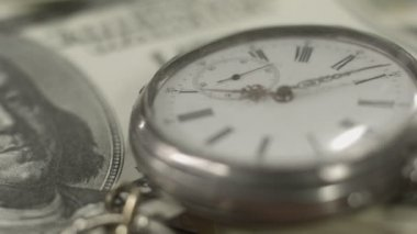 One hundred dollar bill, pocket watch closeup. Time is money — Stock Video