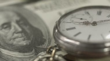 Close up one hundred-dollar note, watch. Time, money. World bank — Stock Video
