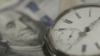 American dollars, money, time running. Benjamin Franklin closeup — Stock Video