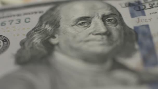 New one hundred dollar bill, 2009, conspiracy, financial system — Vídeo de stock