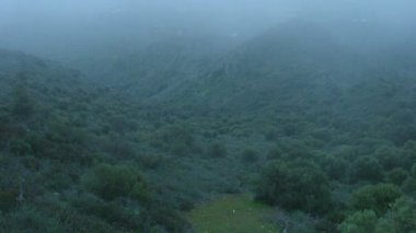 Mist covering mountains timelapse, weird place, mysterious atmosphere, thriller — Stock Video