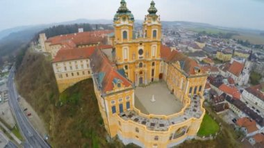 Amazing flyover view of Melk Abbey, Austria. Beautiful building in Baroque style — Stock Video