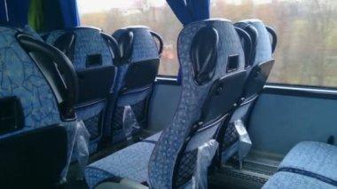 No people inside a low budget bus, empty seats, off-season. Economy class travel — Stock Video