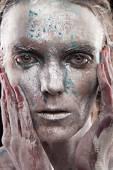 Woman silver statue — ストック写真