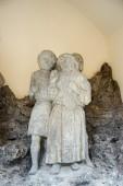 Statue of three men outside St James Church in Rothenburg — Foto de Stock