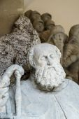 Statue of a man outside St James Church in Rothenburg — Foto de Stock