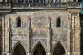 Detalle de la fachada del St Vitus Cathedral en Praga — Foto de Stock